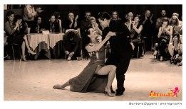 Adrian Aragon y Erica Boaglio Aldobaraldo esibizione Tango Barbara Oggero fotografia
