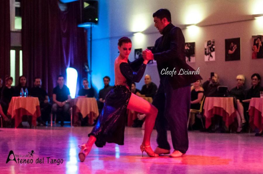 xiv-torino-anima-tango-2016-2017-carina-lucca-y-leo-mosqueda-tango-argentino-1